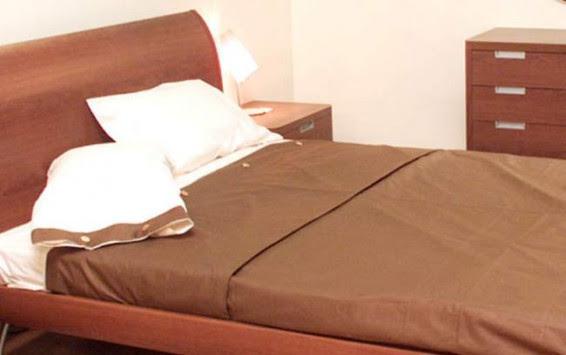Χανιά: Γύρισε πλευρό και βρήκε νεκρή στο κρεβάτι τη γυναίκα του - Σοκ για την 27χρονη μητέρα τριών παιδιών!