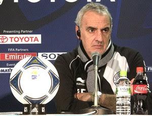 Jorge Fossati durante coletiva do Al Sadd (Foto: Thiago Dias / Globoesporte.com)