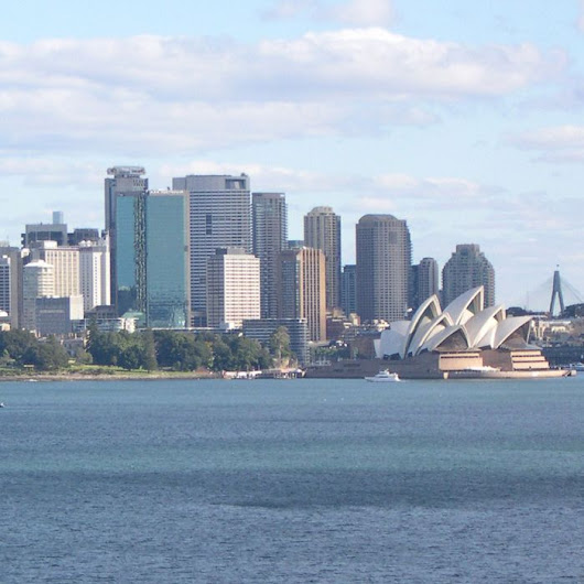 Sydney, Melbourne going green despite RET uncertainty