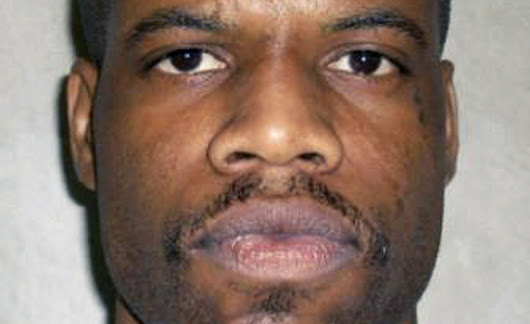 Oklahoma inmate dies after apparent botched execution