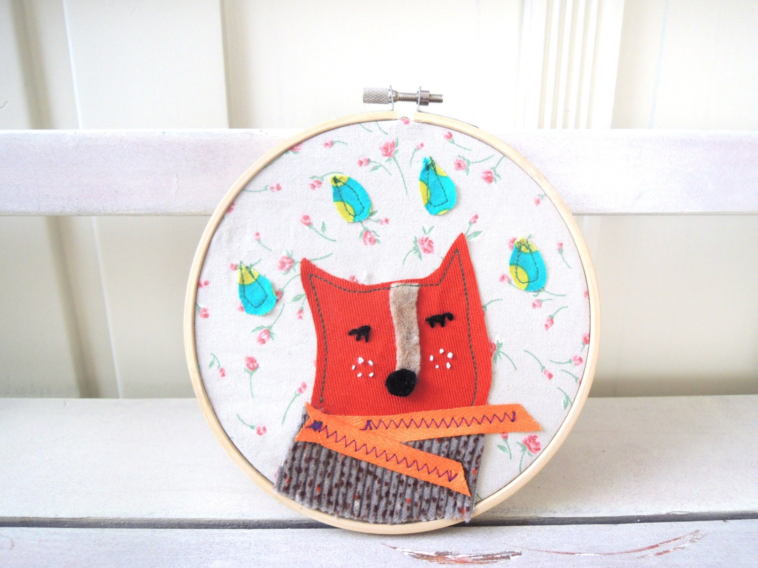 Hand Embroidery Hoop Art / 6 inch Hoop Home Decor - Nursery decor Orange Red Fox with a winter scarf - ILoveMoonlight