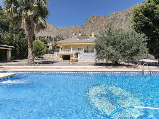 thinkSPAIN Featured Properties - September 6, 2017