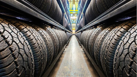 How Long Do Tires Last? | News | Cars.com
