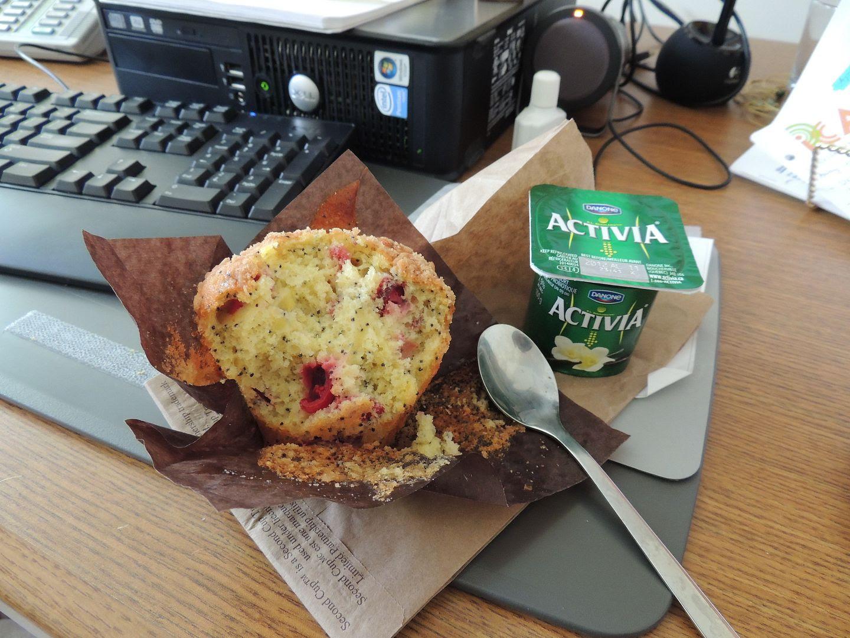 4.19, breakfast at my desk