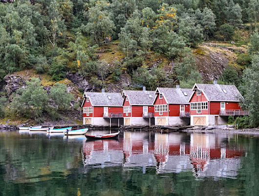 Visit Aurland, Norway : Stay at Aurlandsfjord like a lord!