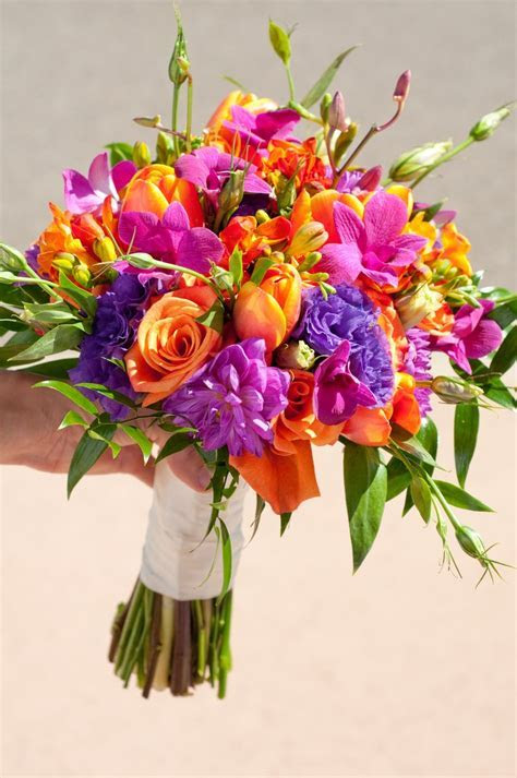 Wedding Flowers: bright wedding flowers