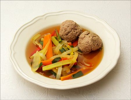 Matzo ball suppe |