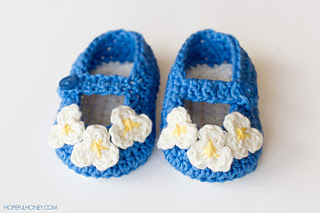 Vintage_mary_jane_baby_booties_crochet_pattern_7_small2
