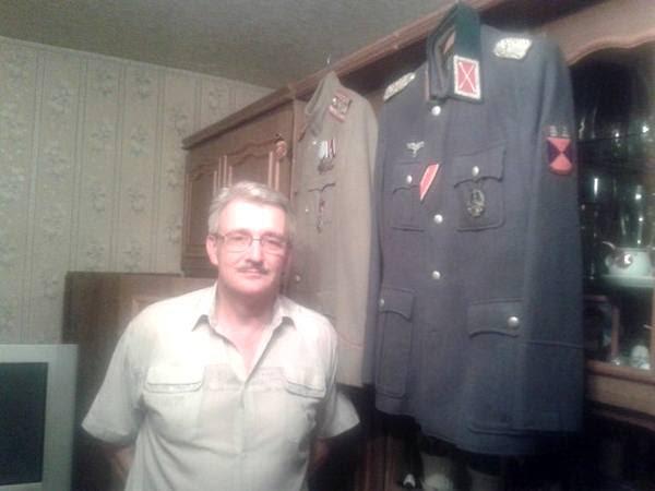 Антон Раевский заслуживает отдельного внимания: российский гражданин, активист националистической группировки«Черная сотня», участвовавший в организации «Куликового поля» в Одессе, а затем ставший боевиком «ДНР».