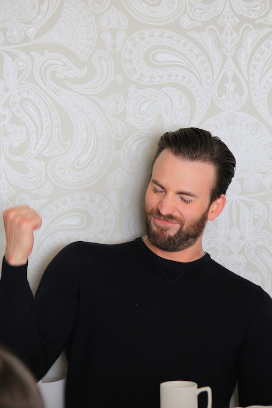 Blogger Interview with Chris Evans for Captain America Civil War |