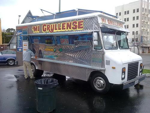 Mi Grullense Taco Truck