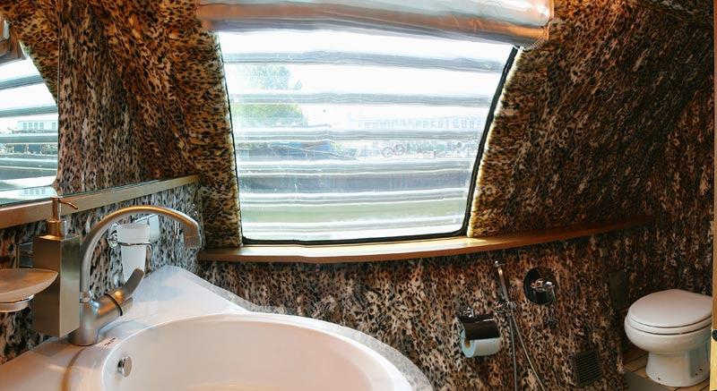 Russian luxury boat 7