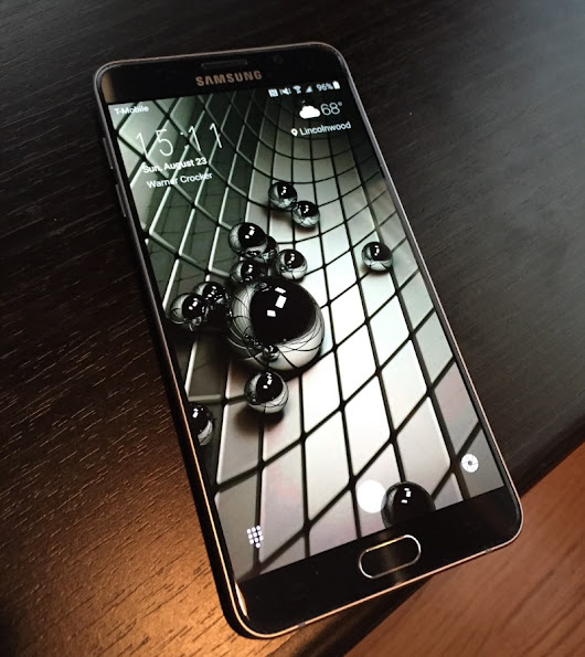 Samsung Galaxy Note 5: A Review of an Old Friend with a New Look and Feel