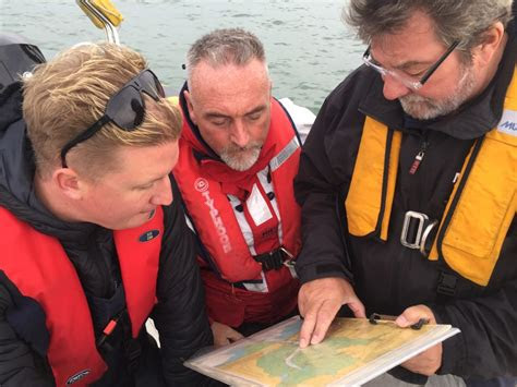 rya powerboat instructor  portsmouth