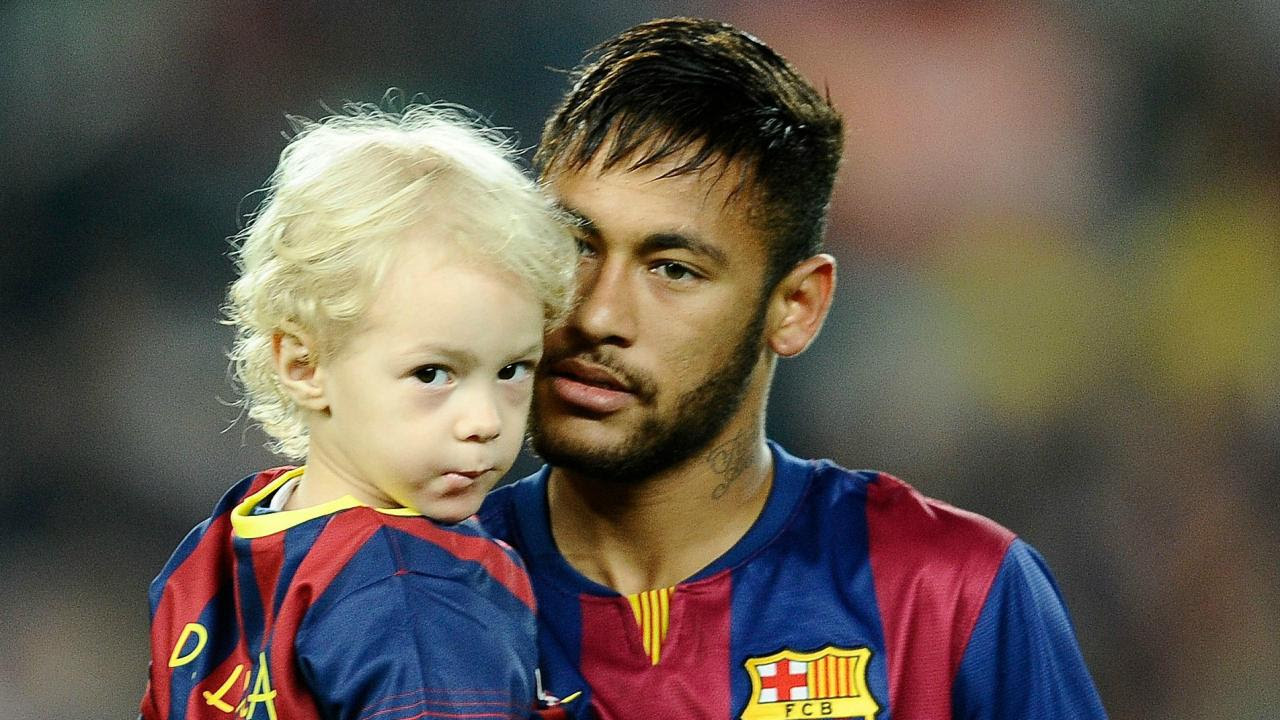 Footballer Family Photos Candid Moments On The Pitch