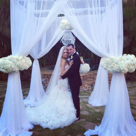 15 best april wedding images on Pinterest   April wedding