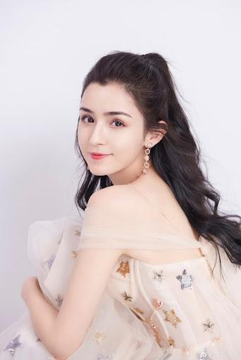 Rộ tin Huỳnh Hiểu Minh lộ clip nóng với 'mỹ nhân Tân Cương' Cáp Ni Khắc Tư, Angela Baby lên tiếng
