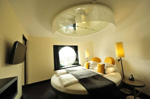 15 Most Amazing Modern Round Beds Ideas You'll Ever See 14