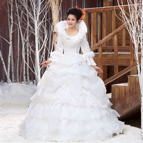 35  Awesome Winter Wedding Gown For Your Perfect Wedding