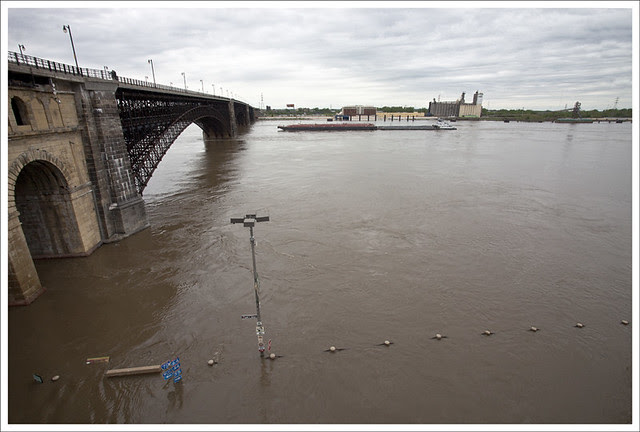 Mississippi River 2011-05-01 1