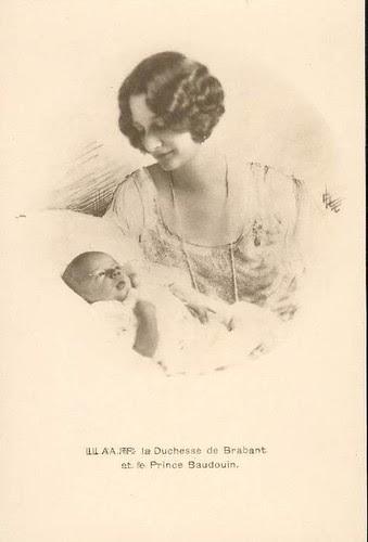 Kronprinzessin Astrid von Belgien mit Sohn Baudouin