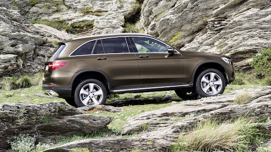 Mercedes's Curvy GLC Marks Shift From Rugged Styling of SUVs