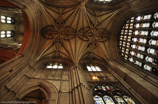 Photo Essay: Canterbury Cathedral ~ Country Hopping Couple