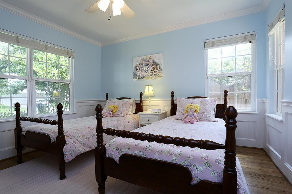 16 Beautiful Examples of Light Blue Walls In A Bedroom ...