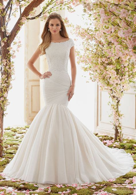 Extravagant Soft Net Wedding Dress Skirt   Style 6842