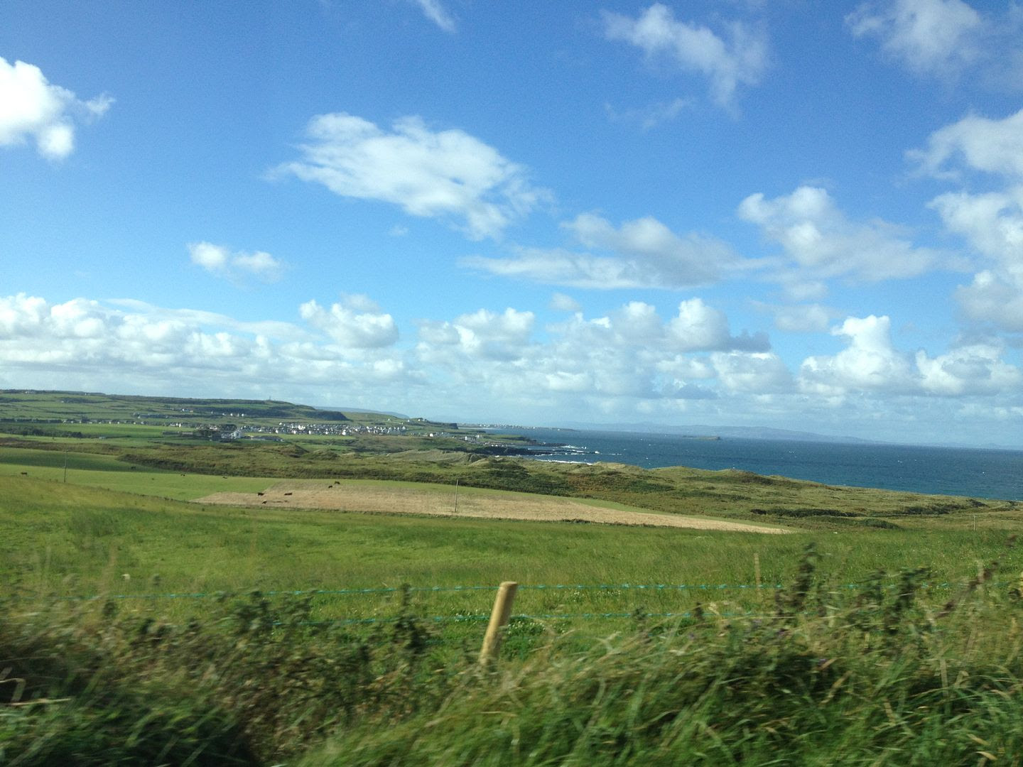 Drive to the Giant's Causeway in Northern Ireland photo 2015-10-12 12.30.10_zpsvrlnkrkt.jpg