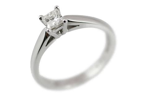 Engagement Rings   Princess Cut Diamond Solitaire