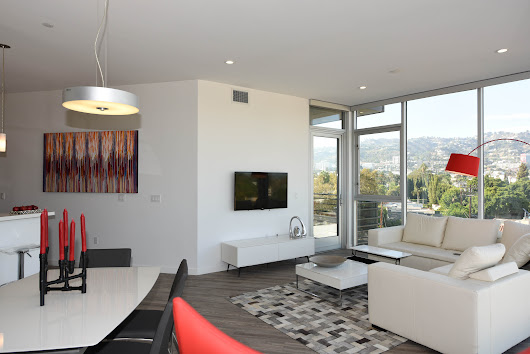 NMS Properties Hosts Red Carpet Green Dress Winners in Los Angeles Furnished Apartments | NMS Apartments