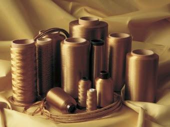 Нити из арамидного волокна. Фото с сайта aramid.ru