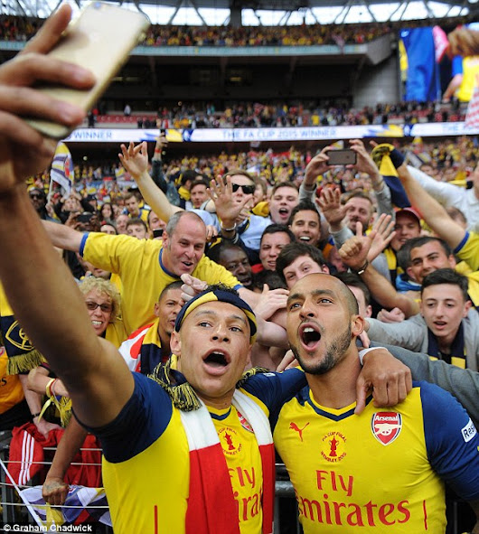 Arsenal players are too interested in selfies and showing off their six-packs-Roy Keane