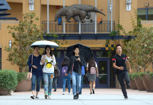 Pilot program at UCI to slash tuition in half for incoming freshmen