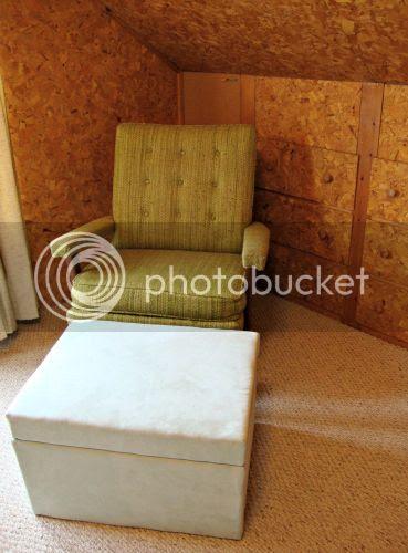 photo chair_zps543e4a9a.jpg