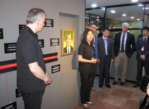 한국 순교자의 소리 차이나에이드 리바이광 변호사