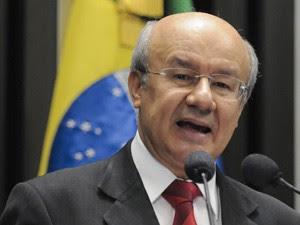 José Pimentel (PT-CE) foi ministro da Previdência entre 2008 e 2010 e deputado federal por quatro mandatos (Foto: Geraldo Magela / Agência Senado )