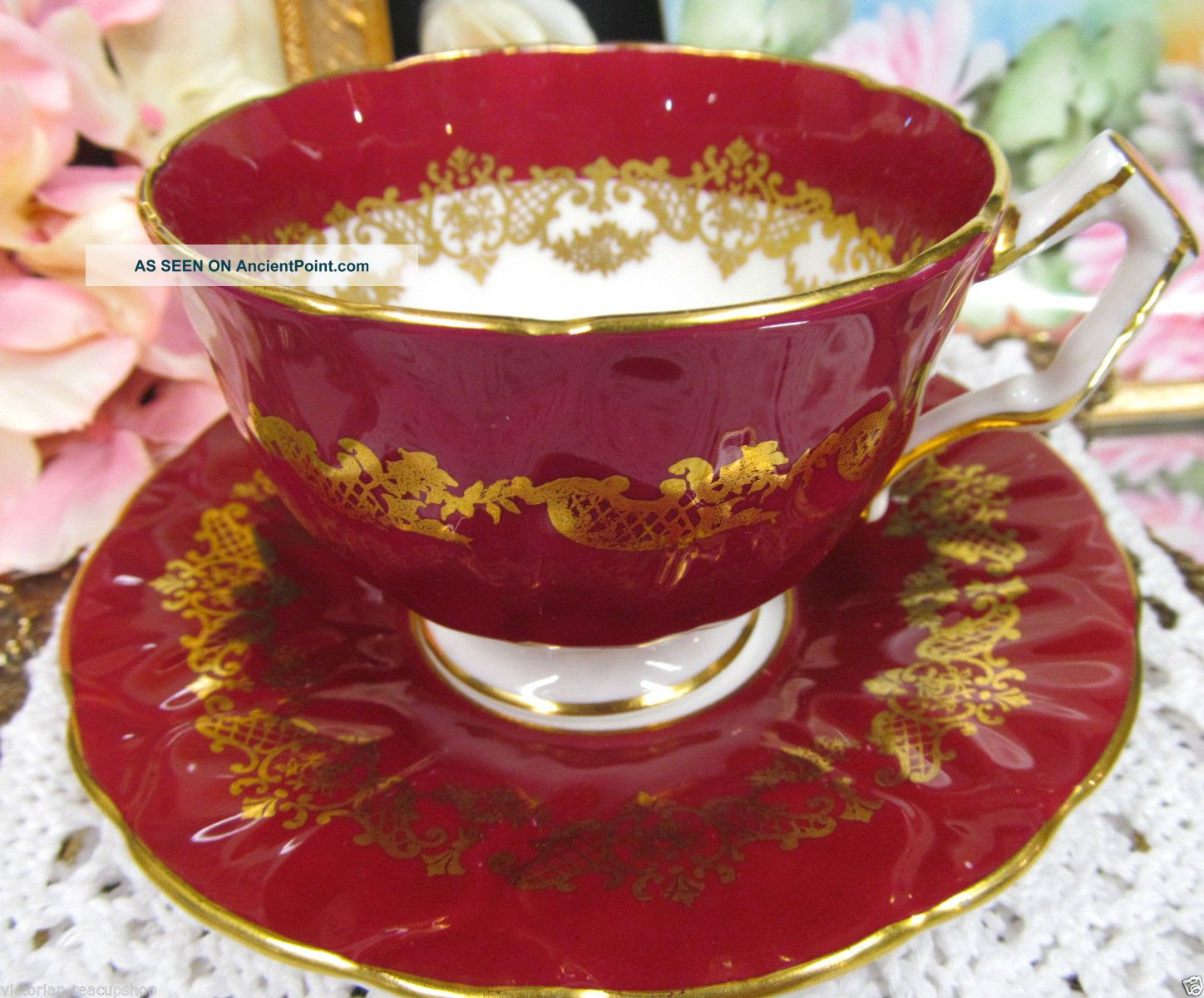 Aynsley Tea Cup And Saucer Crocus Shape Wine Red Gold Pattern Teacup