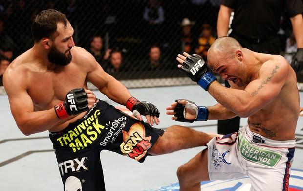 UFC  Johny Hendricks e Robbie Lawler (Foto: Agência Getty Images)