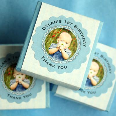 http://www.myownlabels.com/blog/wp-content/uploads/2011/08/Boy-baby400.jpg