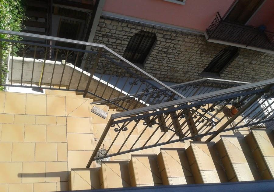 Casa moderna roma italy scale esterne giardino - Scale esterne casa ...