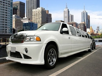 Montreal Limousine rental and limo service, location de limousine Montreal, QC