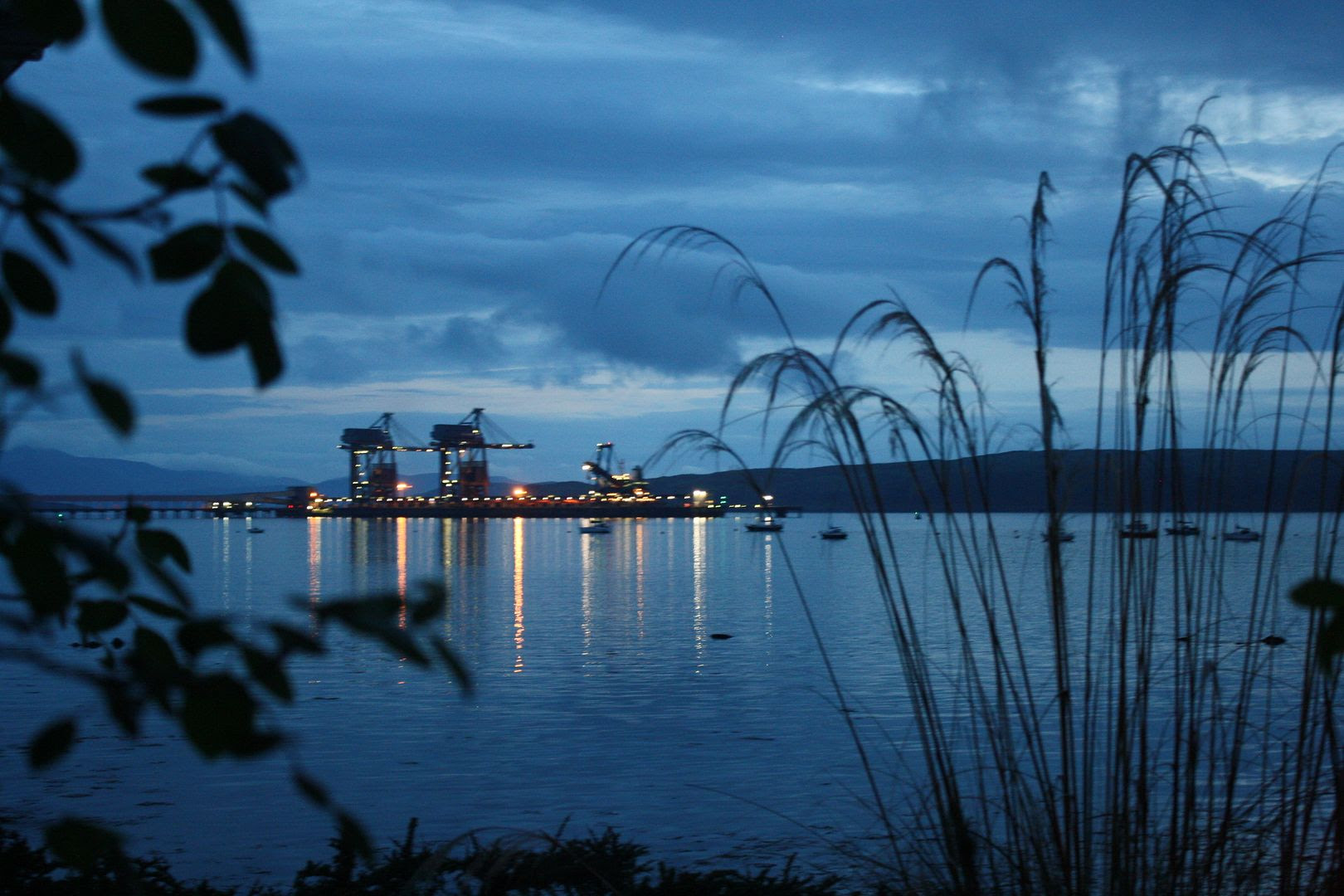 Night View of Water in Fairlie, Scotland photo 2014-05-142200_zpsb62f421d.jpg
