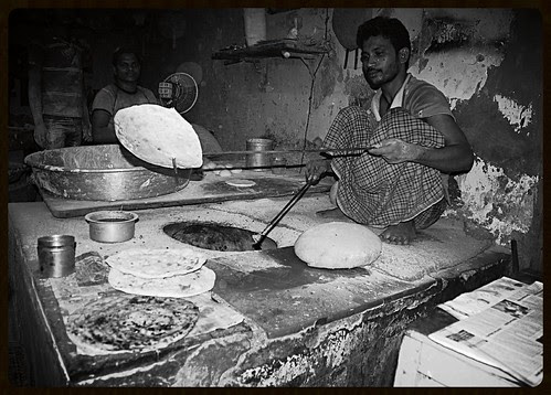 The Tanduri Rotiwalas Of Bandra West .. Hot And Best by firoze shakir photographerno1