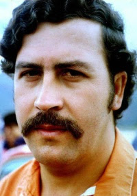 Foto do traficante colombiano Pablo Escobar, morto em 1993