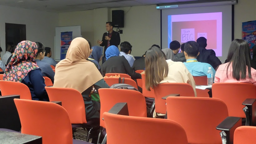 Filipino motivational speaker conducts workshop on passion driven business