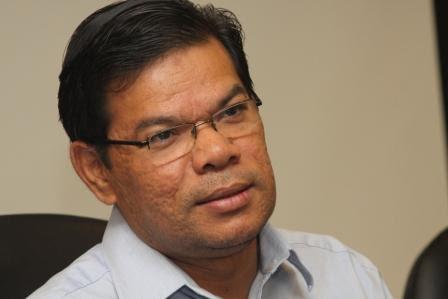 Saifuddin Nasution – salah seorang jurucakap sah pembangkang yang dihalang masuk dan berkempen di Balingian