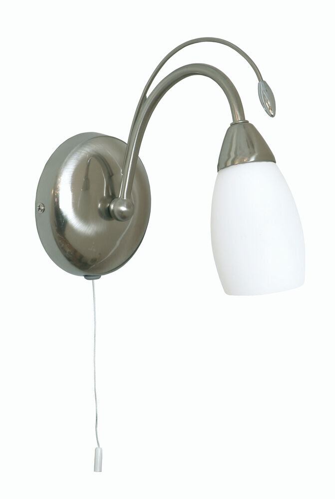 Satin Chrome Single Wall Light With Pull Cord Switch And
