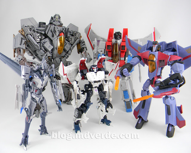 Transformers Starscream Masterpiece MP-11 - modo robot vs otros Starscream